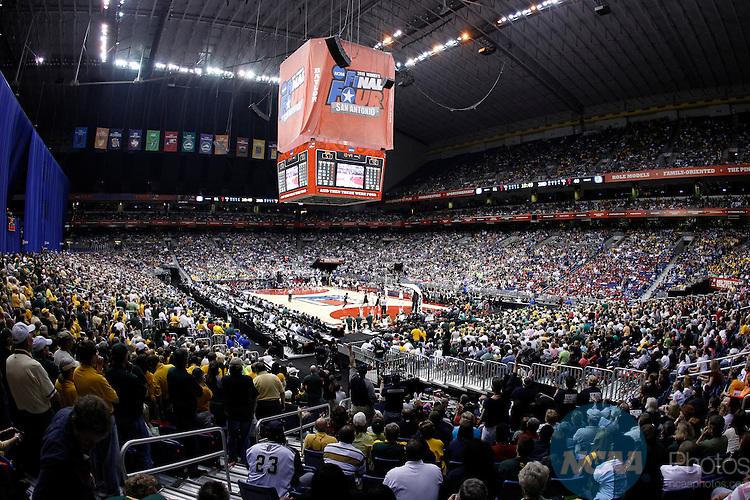 Basketball Semifinals Ncaa Photos