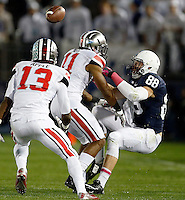 Ohio State Buckeyes defensive back Vonn Bell (11) hits Penn State Nittany Lions tight end Mike Gesicki (88) and keeps him from catching the ball during the 3rd quarter of the NCAA Division I football game at Beaver Stadium in University Park, PA on October 25, 2014. (Columbus Dispatch photo by Jonathan Quilter)