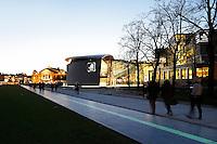 Nederland Amsterdam 2015 12 11.  Het Museumplein bij avond. Foto Berlinda van Dam / Hollandse Hoogte