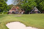 WINTERSWIJK - Hole 18 met clubhuis. Scholten Boerderij.  Golf & Country Club Winterswijk, golfbaan De Voortwisch.     COPYRIGHT  KOEN SUYK