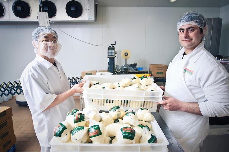 Le Casa Del Formaggio soft cheese production Adelaide South Australia
