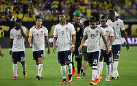HOUSTON - UNITED STATES, 11-06-2016: Jugadores de Colombian abandonan el campo de juego tras la derrota en el partido del grupo A, fecha 3, entre Colombia (COL) y Costa Rica (CRC)  por la Copa América Centenario USA 2016 jugado en el estadio NRG en Houston, Texas, USA. /  Players of Colombia leave the field after defeated in the match of the group A  between Colombia (COL) and Costa Rica (CRC) for the date 3 of the Copa América Centenario USA 2016 played at NRG stadium in Houston, Texas ,USA. Photo: VizzorImage/ Luis Alvarez /Str