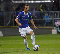 Yannick Stark (SV Darmstadt 98) - 04.10.2019: SV Darmstadt 98 vs. Karlsruher SC, Stadion am Boellenfalltor, 2. Bundesliga<br /> <br /> DISCLAIMER: <br /> DFL regulations prohibit any use of photographs as image sequences and/or quasi-video.