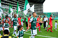 PALMIRA - COLOMBIA, 06-10-2019: Deportivo Cali y América de Cali ingresan al campo de juego previo al partido por la fecha 15 de la Liga Águila II 2019 jugado en el estadio Deportivo Cali de la ciudad de Palmira. / Deportivo Cali and America de Cali go inside the fiueld prior match for the date 11 as part of Aguila League II 2019 played at Deportivo Cali stadium in Palmira city. Photo: VizzorImage / Nelson Rios / Cont