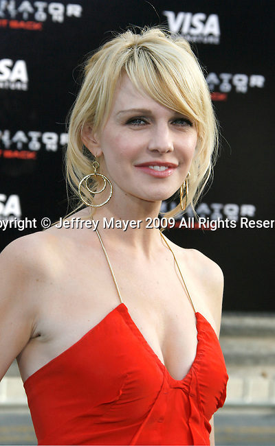"HOLLYWOOD, CA. - May 14: Kathryn Morris arrives at the Los Angeles premiere of ""Terminator Salvation"" at Grauman's Chinese Theatre on May 14, 2009 in Hollywood, California."