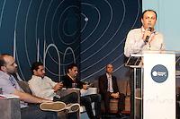 """SÃO PAULO, SP. 06.02.2015 -  CAMPUS PARTY DEBATES """"DADOS E PRIVACIDADE"""" - Debate """"Dados e privacidade"""" que aconteceu na oitava edição da Campus Party na tarde desta sexta-feira, (6). (Foto: Renato Mendes / Brazil Photo Press)"""