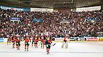 ***BETALBILD***  <br /> Stockholm 2015-09-19 Ishockey SHL Djurg&aring;rdens IF - Skellefte&aring; AIK :  <br /> Vy &ouml;ver Hovet med Djurg&aring;rdens spelare framf&ouml;r Djurg&aring;rdens supportrar efter matchen mellan Djurg&aring;rdens IF och Skellefte&aring; AIK <br /> (Foto: Kenta J&ouml;nsson) Nyckelord:  Ishockey Hockey SHL Hovet Johanneshovs Isstadion Djurg&aring;rden DIF Skellefte&aring; SAIK supporter fans publik supporters inomhus interi&ouml;r interior jubel gl&auml;dje lycka glad happy