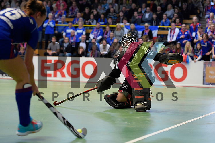 GER - Luebeck, Germany, February 07: During the 1. Bundesliga Damen indoor hockey final match at the Final 4 between Mannheimer HC (blue) and Duesseldorfer HC (white) on February 7, 2016 at Hansehalle Luebeck in Luebeck, Germany.   Nathalie Kubalski (TW) #1 of Duesseldorfer HC