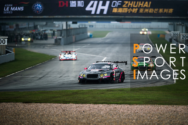 Absolute racing, #88 Bentley GT3, driven by Adderly Fong, Jeffrey Lee and Vincent Wong in action during the Free Practice 2 of the 2016-2017 Asian Le Mans Series Round 1 at Zhuhai Circuit on 29 October 2016, Zhuhai, China.  Photo by Marcio Machado / Power Sport Images