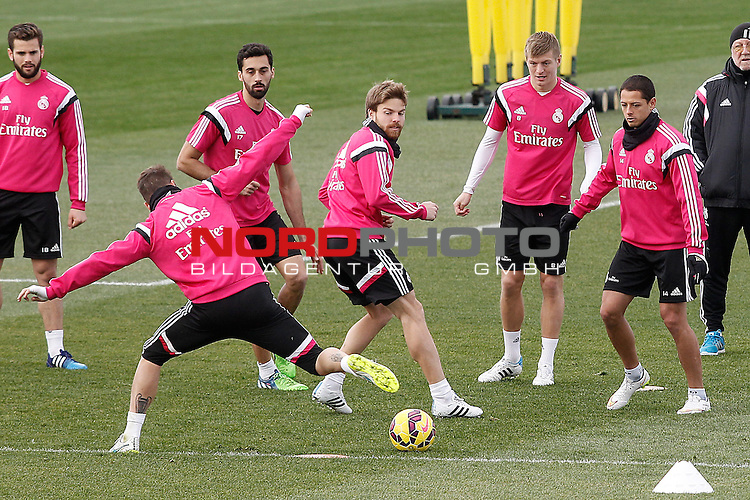 Real Madrid's Nacho Fernandez, Sergio Ramos, Alvaro Arbeloa, Asier Illarramendi, Toni Kroos and James Rodriguez during training session.January 30,2015.Foto © nph / Acero)