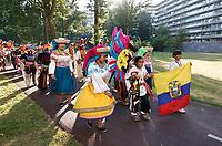 Nederland Amsterdam -  juli 2018.    Amsterdam viert 50 jaar Bijlmer. De SouthEast Parade. Deze parade wordt georganiseerd om de diversiteit van Amsterdam Zuidoost te laten zien. Groep met roots in Ecuador.   Foto mag niet in negatieve context gepubliceerd worden.     Foto Berlinda van Dam /  Hollandse Hoogte