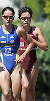13 JUL 2007 - LORIENT, FRA - Andrea Hewitt (right) trails Erin Densham - French Grand Prix Series. (PHOTO (C) NIGEL FARROW)