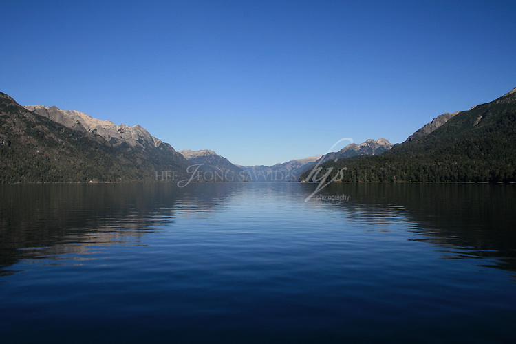Lago Nahuel Huapi, Bariloche : Lake crossing between Argentina and Chile | Feb 08