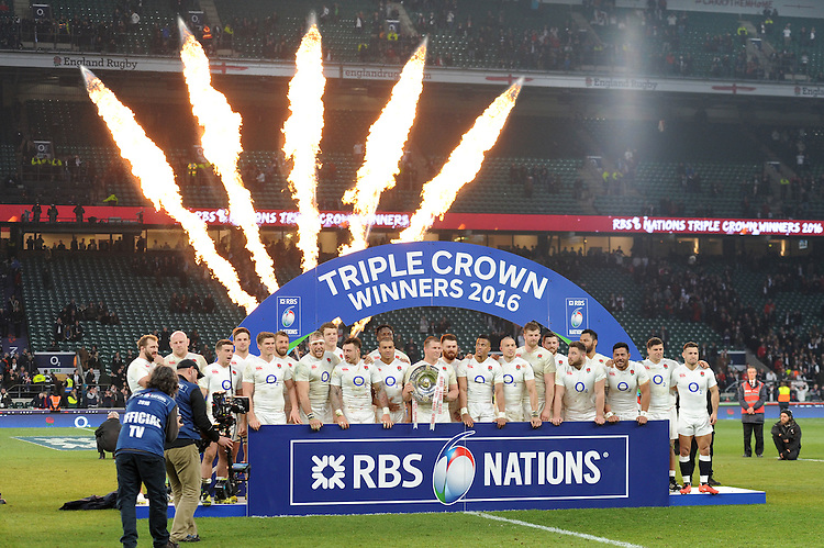 England celebrate winning the Triple Crown after the RBS 6 Nations match between England and Wales at Twickenham Stadium on Saturday 12th March 2016 (Photo: Rob Munro/Stewart Communications)