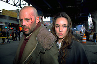 Twelve Monkeys (1995) <br /> Bruce Willis &amp; Madeleine Stowe<br /> *Filmstill - Editorial Use Only*<br /> CAP/KFS<br /> Image supplied by Capital Pictures