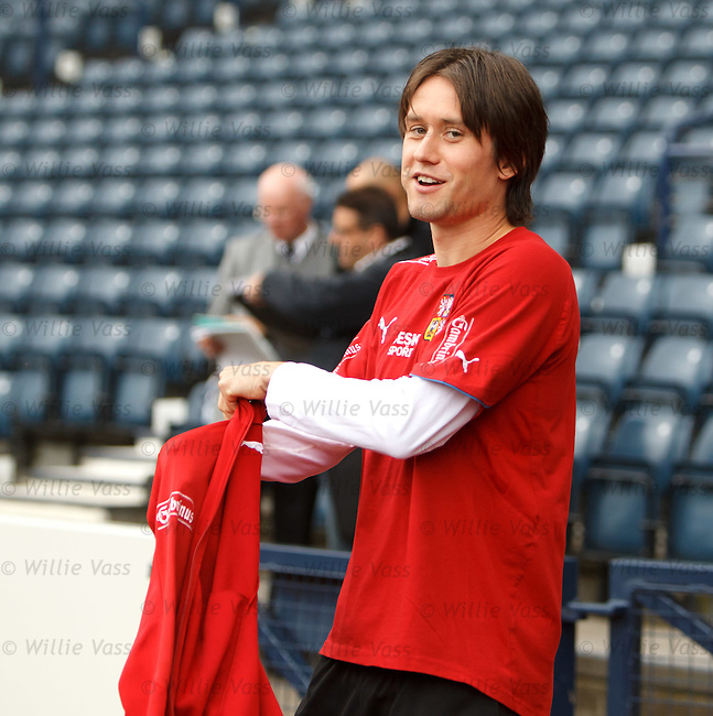 Tomas Rosicky walking out at Hampden for Czech training