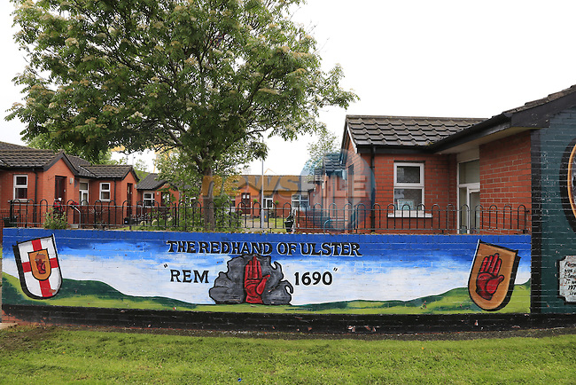 Murals on the loyalist Newtonards Road in Belfast before the start of 2014 Giro d'Italia.8th May 2014.<br /> Picture: Eoin Clarke www.newsfile.ie