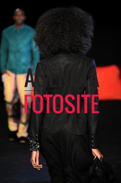 Rio de Janeiro, Brasil – 14/01/2012 - Desfile de Oestudio durante o Fashion Rio  -  Inverno 2012. Foto : Silvia Boriello/ Agência Fotosite