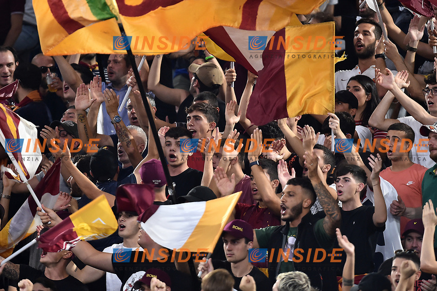 AS Roma fans cheer on <br /> Roma 25-9-2019 Stadio Olimpico <br /> Football Serie A 2019/2020 <br /> AS Roma - Atalanta Bergamasca Calcio <br /> Foto Andrea Staccioli / Insidefoto