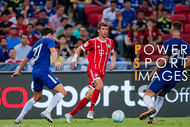 Bayern Munich Forward Thomas Muller (C) in action during the International Champions Cup match between Chelsea FC and FC Bayern Munich at National Stadium on July 25, 2017 in Singapore. Photo by Marcio Rodrigo Machado / Power Sport Images