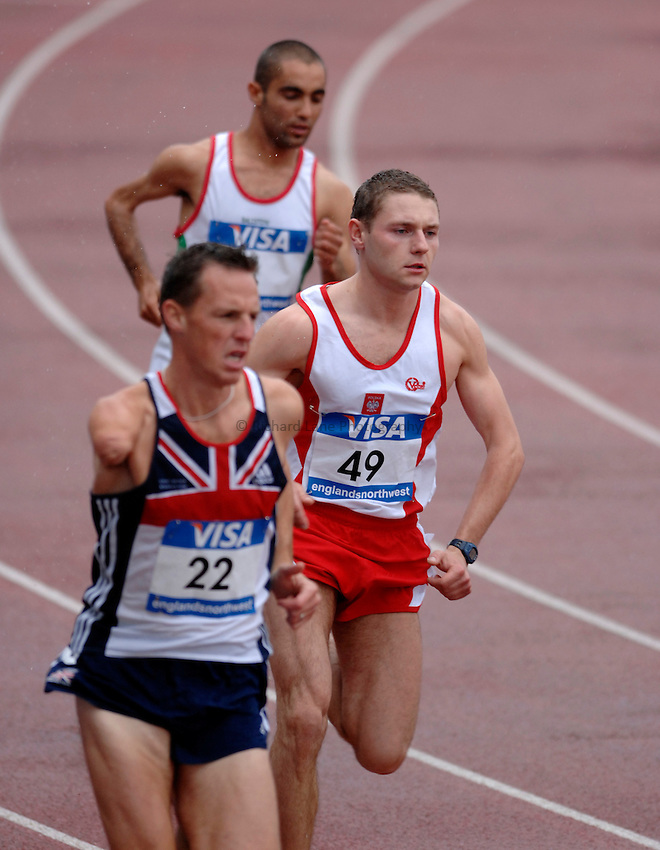 Photo: Richard Lane..VISA Paralympic World Cup 2007. Athletics. 13/05/2007. .Marcin Awizen of Poland (49) in the men's T46 800m.
