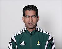 FUSSBALL Fototermin FIFA WM Schiedsrichterassistenten 09.04.2014 Hassan KAMRANIFAR (Iran)