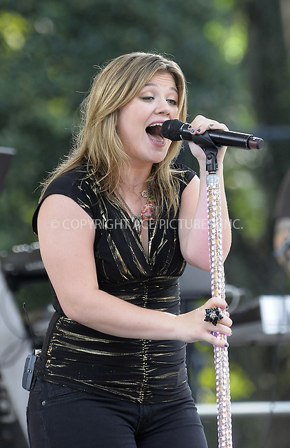 WWW.ACEPIXS.COM . . . . .  ....July 31 2009, New York City....Singer Kelly Clarkson performed in Central Park on ABC's 'Good Morning America' show on July 31 2009 in New York City....Please byline: AJ Sokalner - ACEPIXS.COM..... *** ***..Ace Pictures, Inc:  ..tel: (212) 243 8787..e-mail: info@acepixs.com..web: http://www.acepixs.com