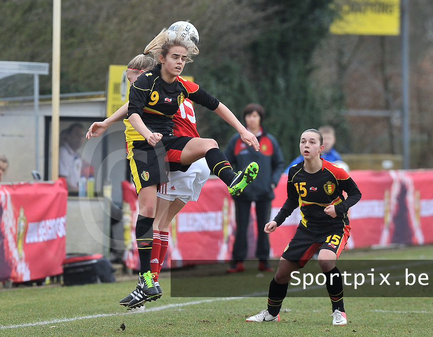 Denmark U17 - Belgium U17 : kopduel met Amber Maximus (9).foto DAVID CATRY / Vrouwenteam.be