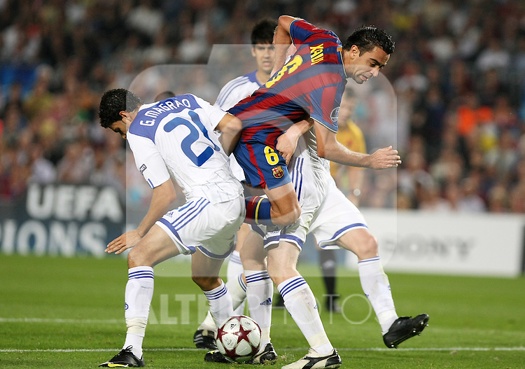 FC Barcelona's Xavi Hernandez  during the UEFA Champions League match.September 29 2009. (ALTERPHOTOS/Acero).