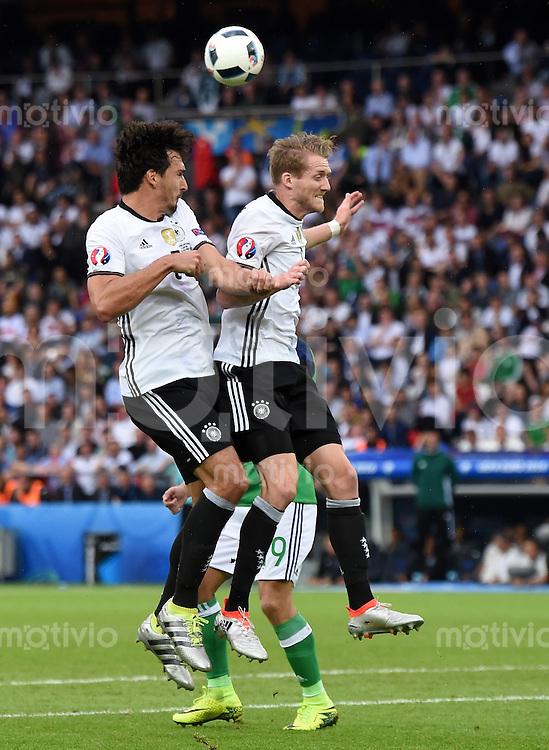 FUSSBALL EURO 2016 GRUPPE C IN PARIS Nordirland - Deutschland     21.06.2016 Mats Hummels (li) und Andre Schuerrle (re, beide Deutschland)