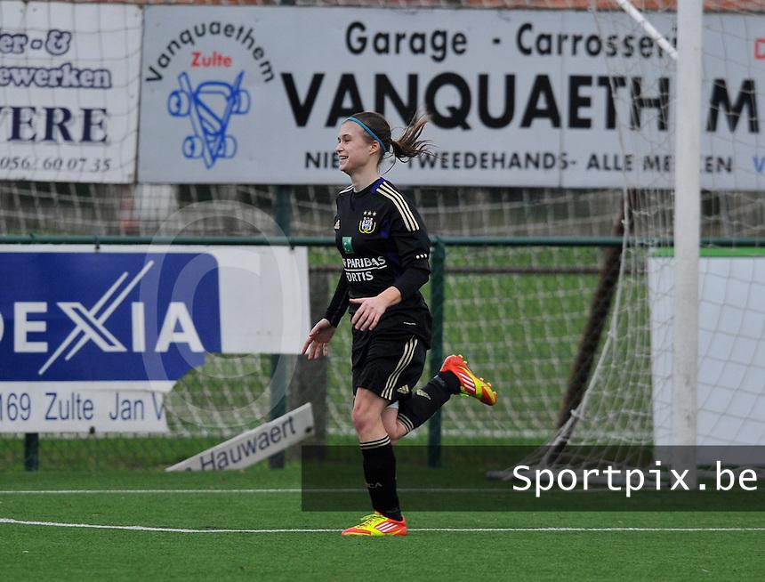 Dames Zulte - Waregem - RSC Anderlecht : Anaelle Wiard scoorde zonet de 0-1.foto DAVID CATRY / VROUWENTEAM.BE