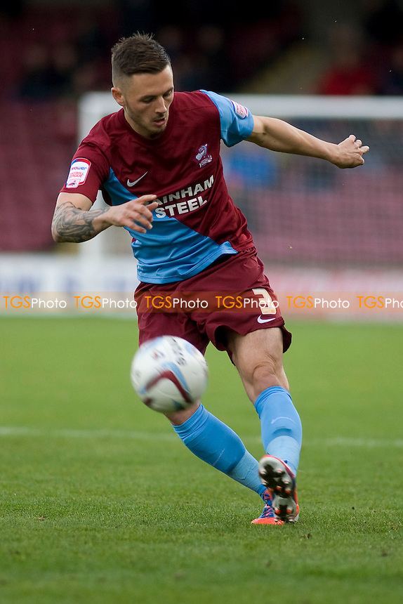 Callum Kennedy (Scunthorpe Utd).- Scunthorpe United vs Brentford - NPower League One Football at Glanford Park - 13/10/12 - MANDATORY CREDIT: Mark Hodsman/TGSPHOTO - Self billing applies where appropriate - 0845 094 6026 - contact@tgsphoto.co.uk - NO UNPAID USE.
