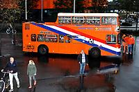 GRONINGEN -  Voetbal, Nederland - Noorwegen, Noordlease stadion, WK kwalificatie vrouwen, 24-10-2017,    oranje fan bus