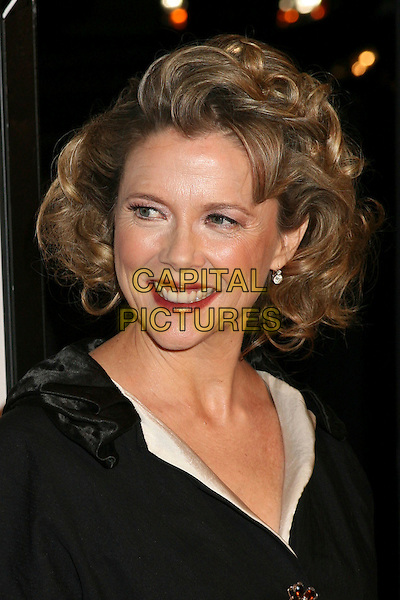 "ANNETTE BENING.World Premiere of ""Running With Scissors"", Beverly Hills, California, USA..October 10th, 2006.Ref: ADM/BP.headshot portrait.www.capitalpictures.com.sales@capitalpictures.com.©Byron Purvis/AdMedia/Capital Pictures."