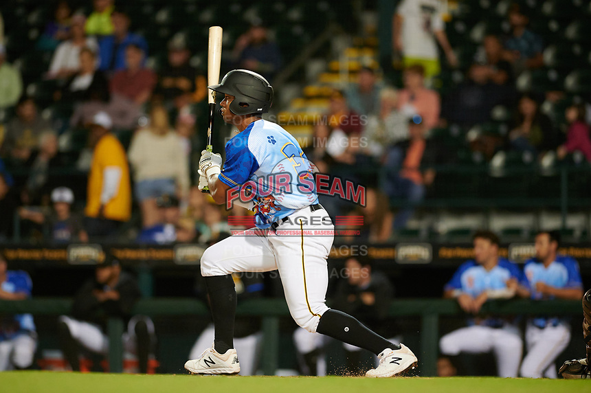 Bradenton Marauders Cal Mitchell (34) bats during a Florida State League game against the Jupiter Hammerheads on April 20, 2019 at LECOM Park in Bradenton, Florida.  Bradenton defeated Jupiter 3-2.  (Mike Janes/Four Seam Images)