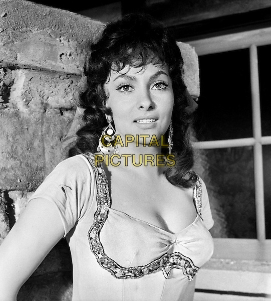 Gina Lollobrigida.in The Hunchback of Notre Dame.*Filmstill - Editorial Use Only*.CAP/PLF.Supplied by Capital Pictures.