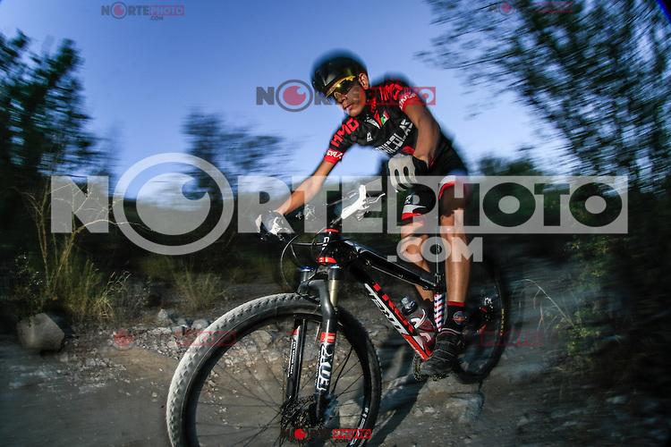 Marlon Molina, Ciclismo de Monta&ntilde;a. Cerro el Bachoco<br /> &copy; : LuisGutierrez/NORTEPHOTO.COM