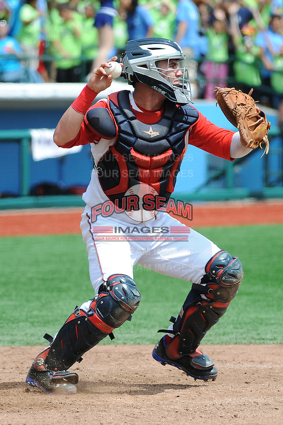 Brooklyn Cyclones catcher Tomas Nido (13) during game against the Connecticut Tigers at MCU Park on August 7, 2013 in Brooklyn, NY.  Brooklyn defeated Connecticut 4-3.  (Tomasso DeRosa/Four Seam Images)