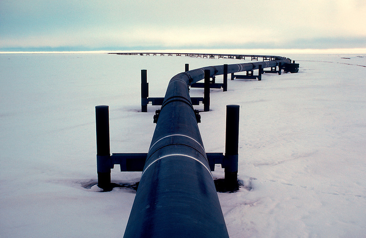 Alaska, Trans Alaska Pipeline leaving Prudhoe Bay across the North Slope en route to Valdez and transshipment, .