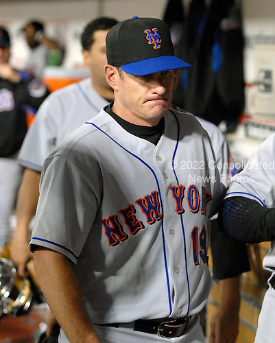 Washington, D.C. - September 17, 2007 -- New York Mets first baseman Jeff Conine (19) dejectedly leaves the dug-out following his team's 12 - 4 loss to the Washington Nationals at RFK Stadium in Washington, D.C. on Monday, September 17, 2007.  .Credit: Ron Sachs / CNP.(RESTRICTION: NO New York or New Jersey Newspapers or newspapers within a 75 mile radius of New York City)