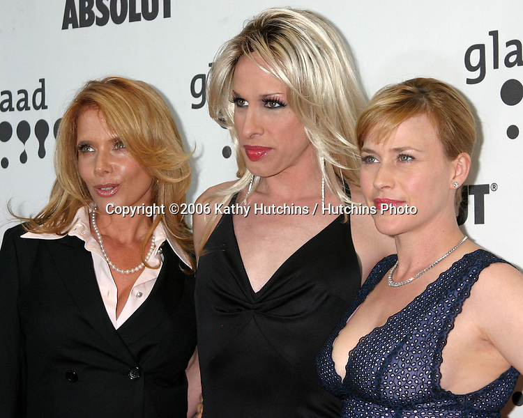 Rosanna Arquette.Alexis Arquette.Patricia Arquette.GLAAD Media Awards.Hollywood & Highland.Los Angeles, CA.April 8, 2006.©2006 Kathy Hutchins / Hutchins Photo....