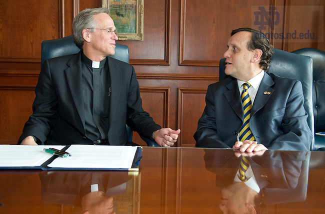 April 24, 2013; President of Notre Dame, Rev. John Jenkins, C.S..C., and Ignacio Sánchez Díaz, Rector, PUC-Chile, chat before the signing  ceremony between Pontificia Universidad Catolica de Chile and Notre Dame. Photo by Barbara Johnston/University of Notre Dame