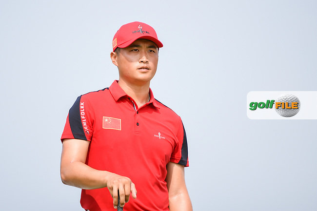 Zheng Kai BAI (CHN) looks over his tee shot on 6 during Rd 3 of the Asia-Pacific Amateur Championship, Sentosa Golf Club, Singapore. 10/6/2018.<br /> Picture: Golffile | Ken Murray<br /> <br /> <br /> All photo usage must carry mandatory copyright credit (© Golffile | Ken Murray)