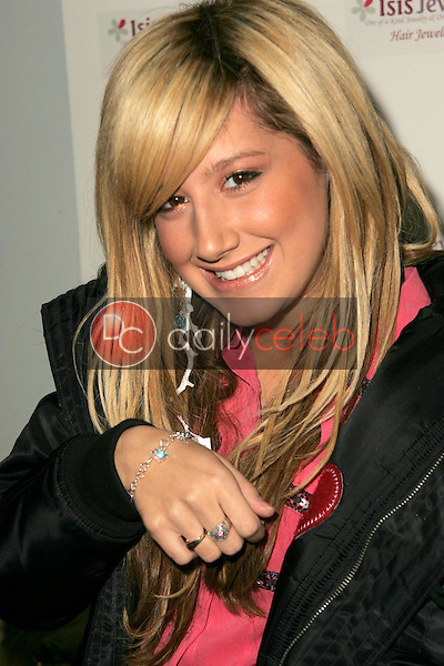 Ashley Tisdale wearing designs by Fileena<br />at Showtime Style 2006 Day Two. Luxe Hotel, Beverly Hills, CA. 01-15-06<br />Dave Edwards/DailyCeleb.com 818-249-4998