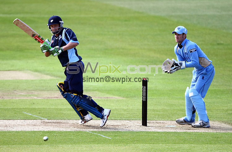 PICTURE BY VAUGHN RIDLEY/SWPIX.COM - Cricket - Clydesdale Bank 40 - Yorkshire v Derbyshire - Headingley, Leeds, England - 09/05/10...Copyright - Simon Wilkinson - 07811267706...Yorkshire's Gerard Brophy hits a four.