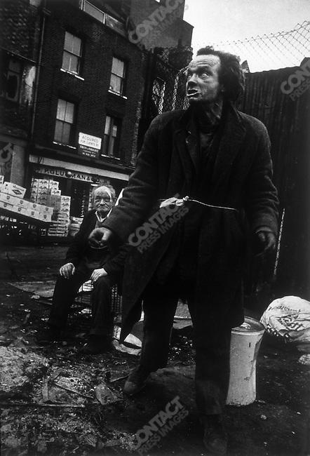 Homeless, Aldgate, London, Great Britain, 1969