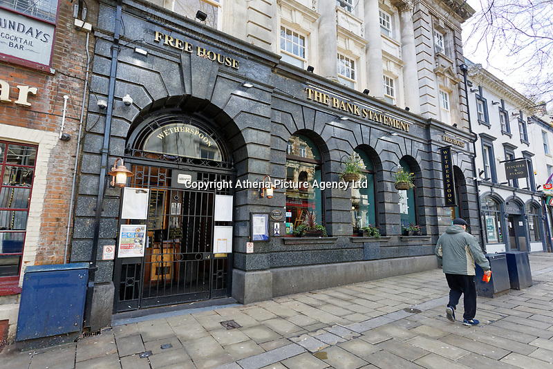Pictured: The usually The Bank Statement, owned by JD Wetherspoon in Wind Street is deserted in the city centre of Swansea, Wales, UK. Saturday 21 March 2020<br /> Re: Covid-19 Coronavirus pandemic, UK.