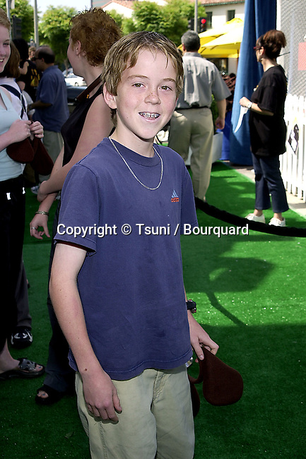 Alexander Pollock arriving at the 1ere of Cats & Dogs, a life action and computer animation  at the Westwood Village in Los Angeles. June 23, 2001   © Tsuni          -            PollockAlexander03.jpg