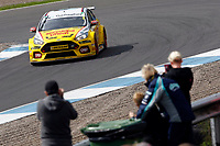 Round 8 of the 2018 British Touring Car Championship.  #3 Tom Chilton. Team Shredded Wheat Racing with Gallagher. Ford Focus RS.