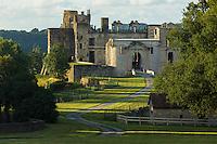 France, Aquitaine, Pyrénées-Atlantiques, Pays Basque, Bidache: Le château de Bidache , construit au XIIe siècle, par les ducs de Gramont,    //  France, Pyrenees Atlantiques, Basque Country,  Bidache